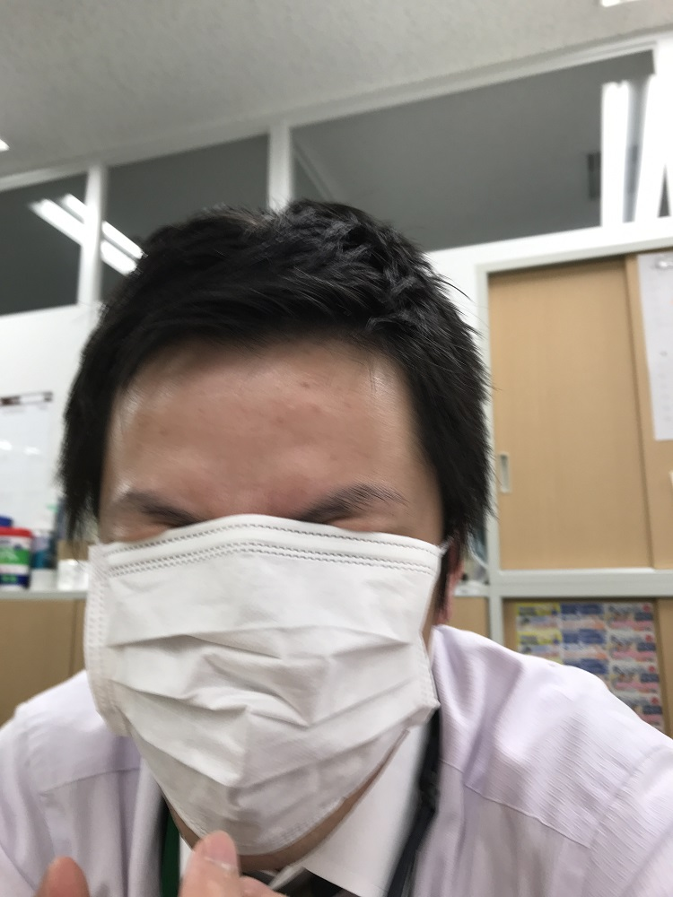 マスクMEN(本人いたってまじめ)